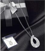 Halskette mit Tropfen-Anhänger preview1