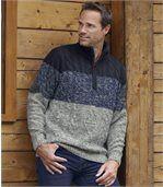 Trykotowy sweter z warkoczami preview1