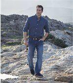 Pohodlné strečové džínsy vo vyblednutej modrej farbe