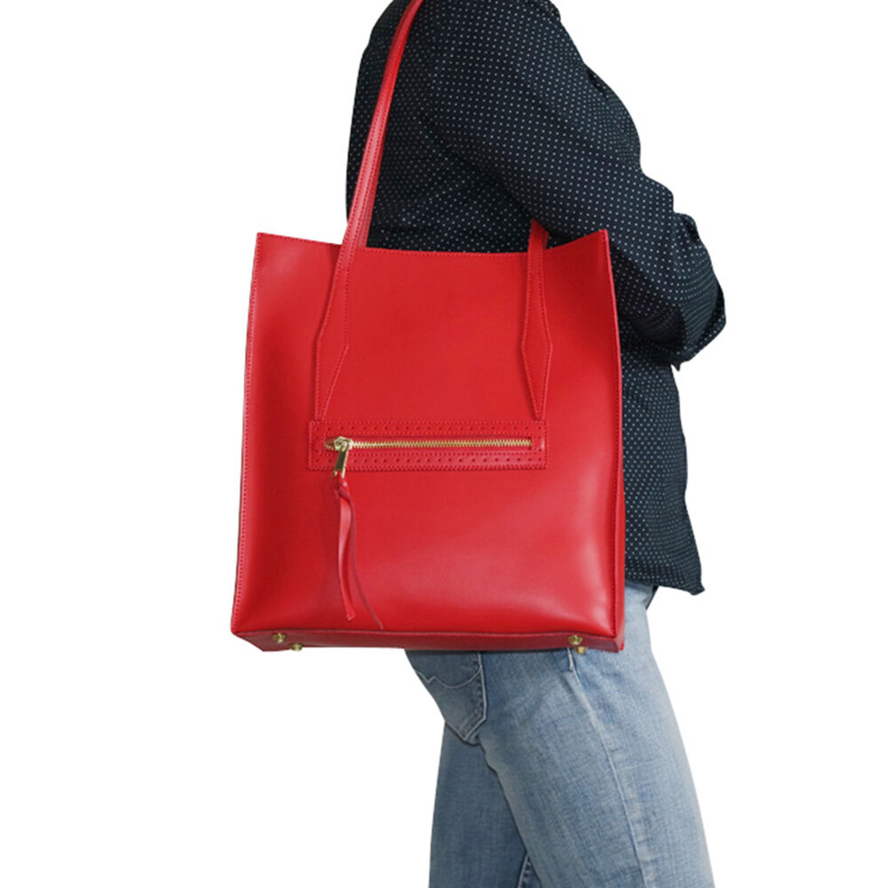 sac a main en cuir rouge fr d rica chapeau tendance. Black Bedroom Furniture Sets. Home Design Ideas