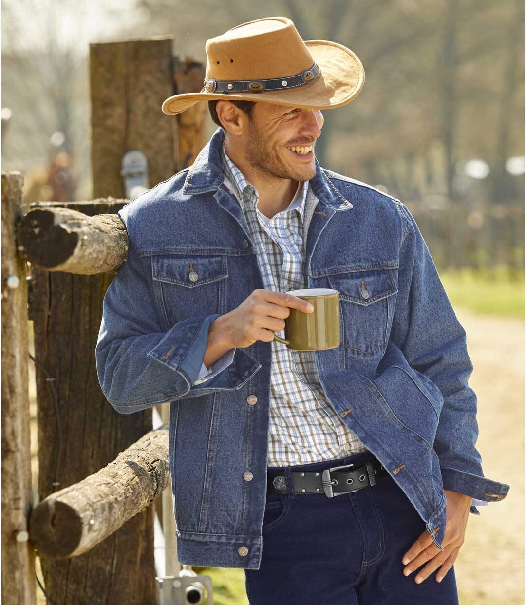 Kurtka jeansowa z podszewką z kożuszka sherpa