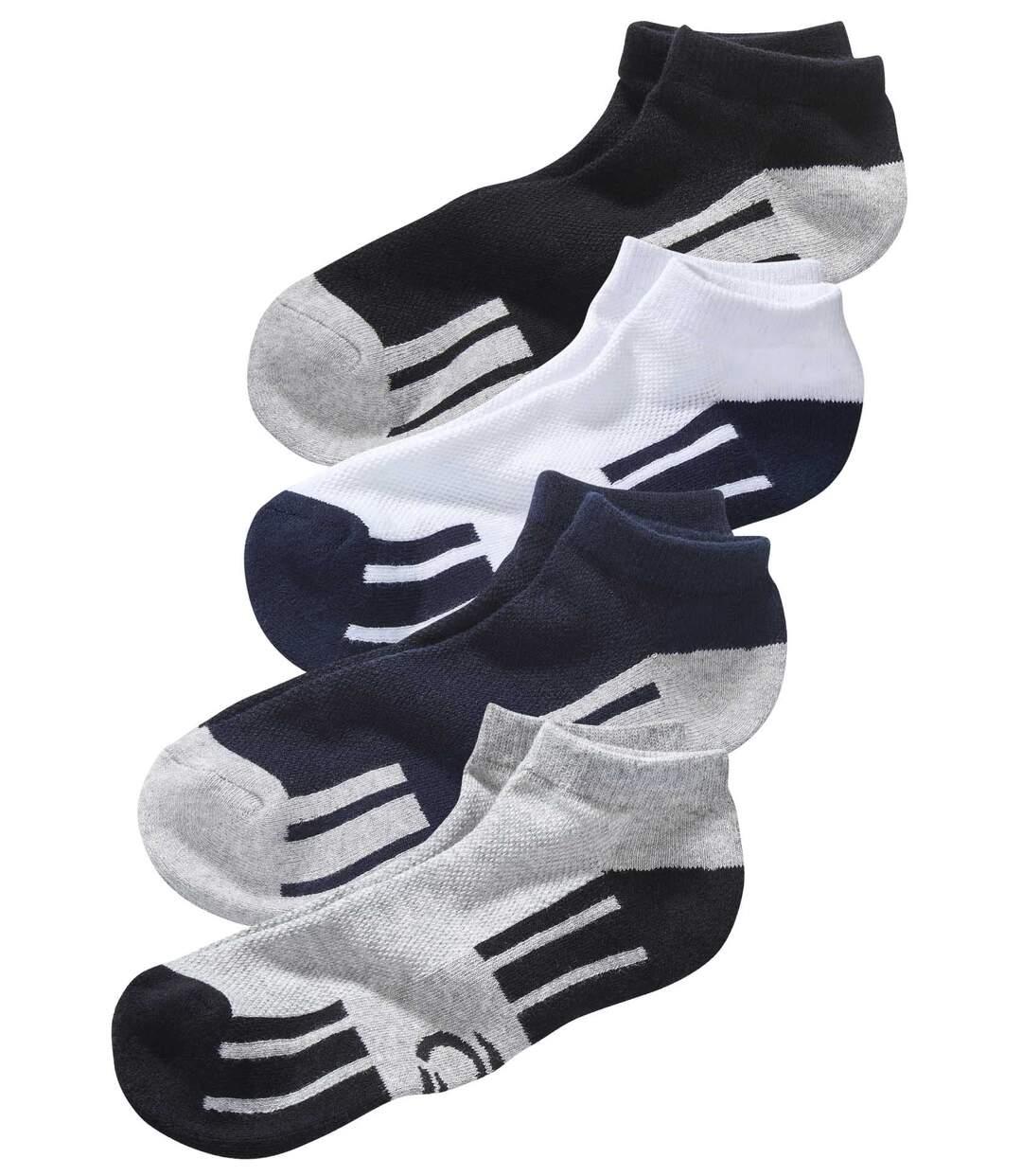 Sada 4 párů sportovních kotníkových ponožek