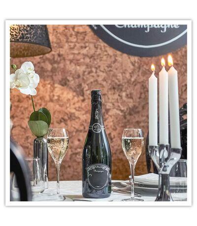 SMARTBOX - Atelier œnologique au chai de Champagne Lombardi à Lyon - Coffret Cadeau Gastronomie