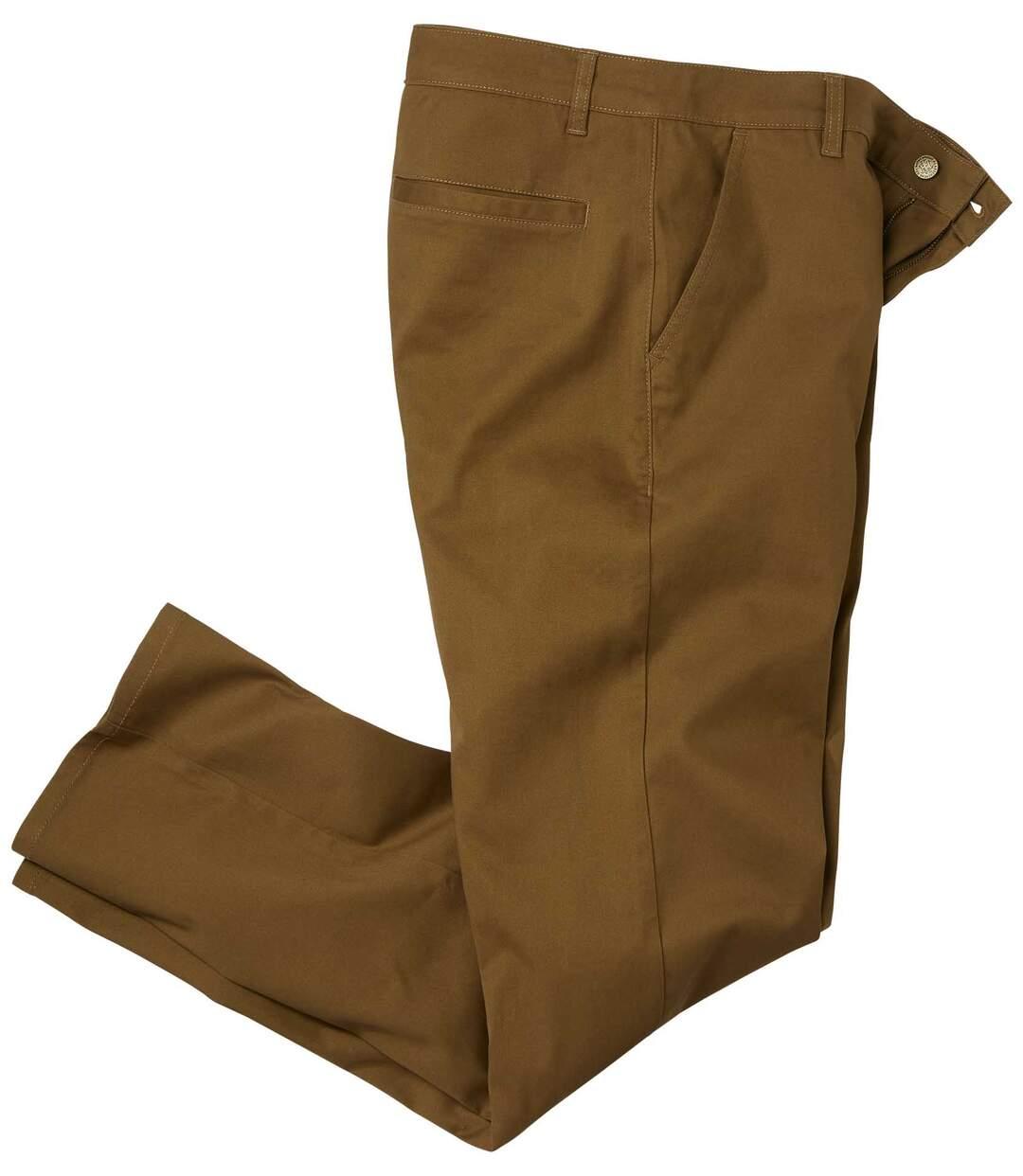 Hnědé chino kalhoty ze strečového kepru