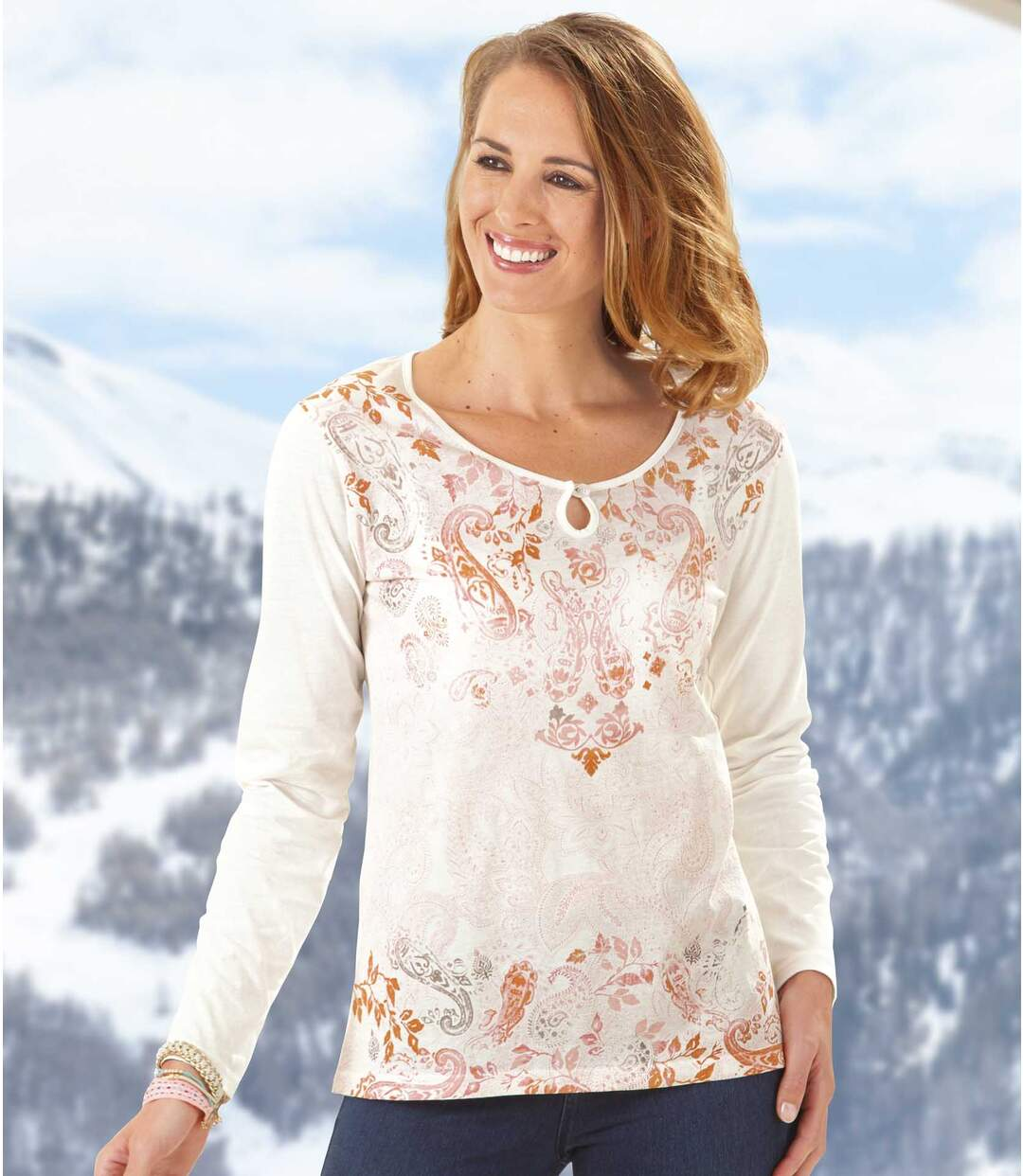 Women's White Fashionable Long Sleeve Top