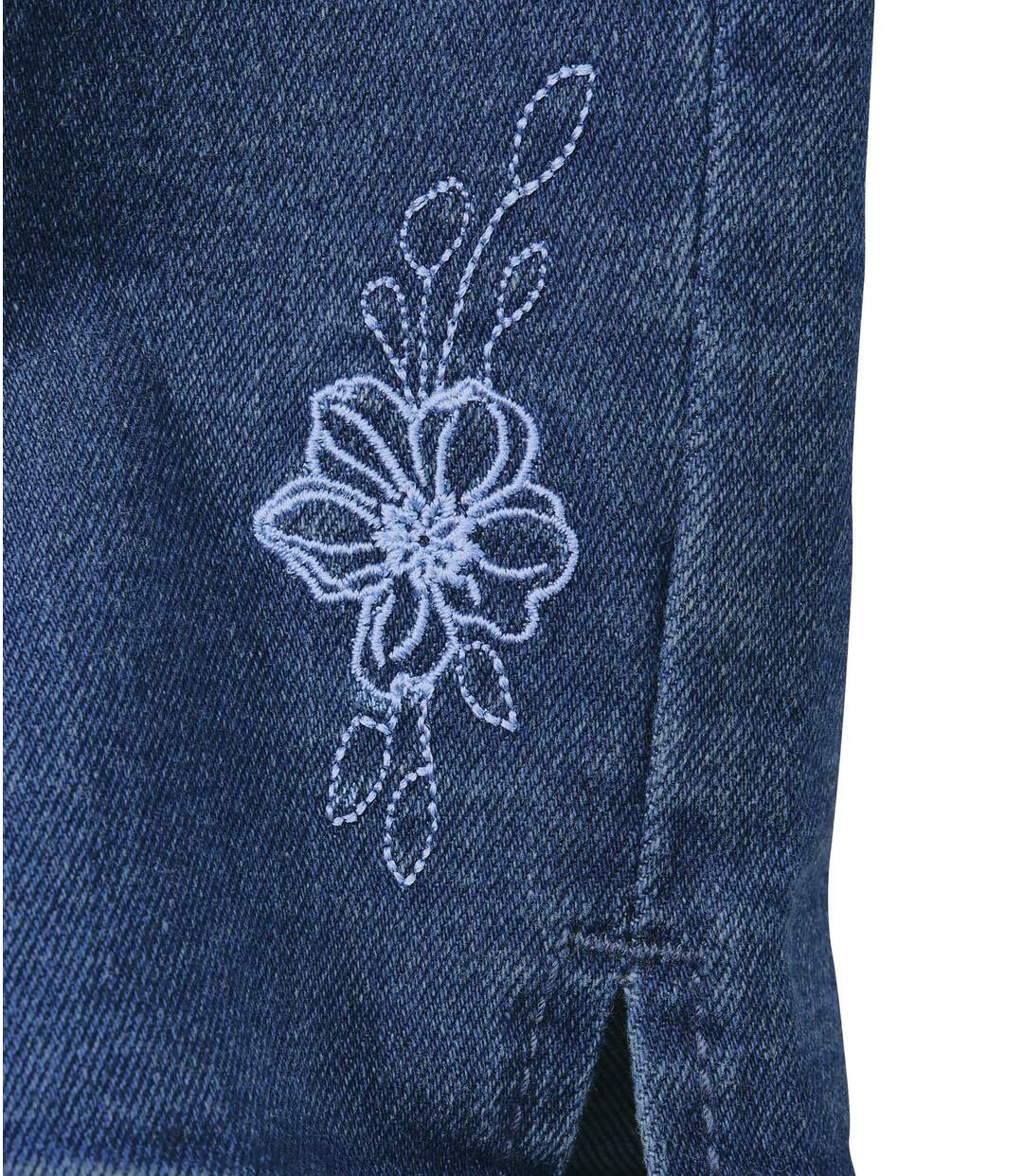 Women's Blue 7/8 Embroidered Stretch Jeans