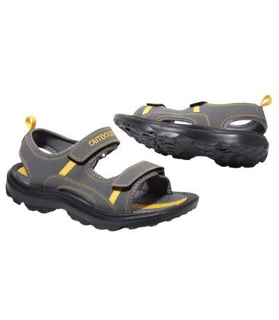 Outdoorové sandále