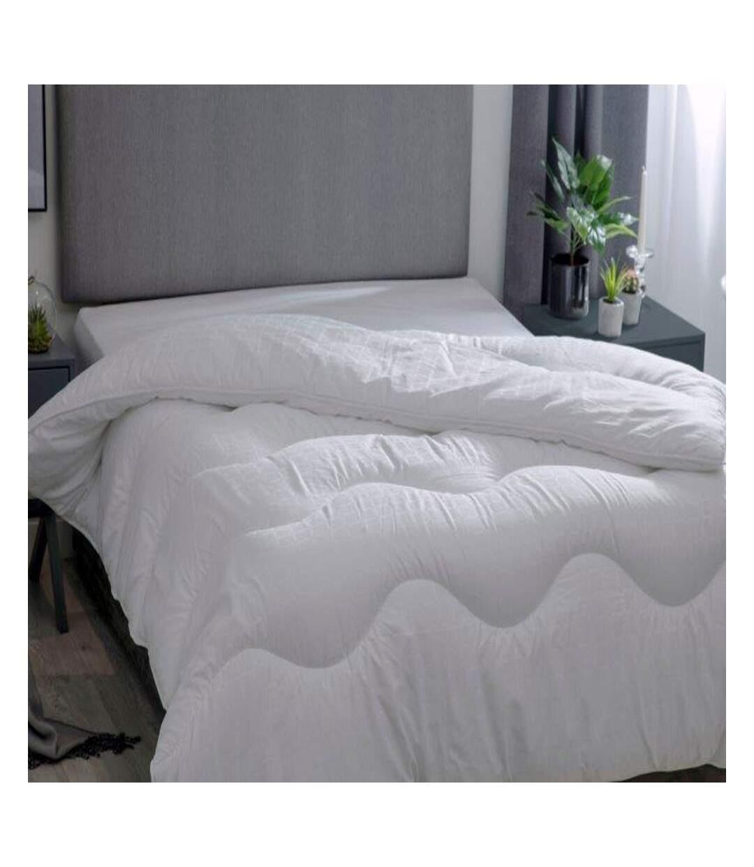 Belledorm - Couette Hotel Suite 4.5 Tog (Blanc) - UTBM205