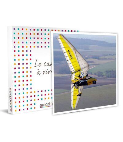 SMARTBOX - Baptême de l'air aux côtés d'un pilote d'ULM Paris et vidéo du vol - Coffret Cadeau Sport & Aventure