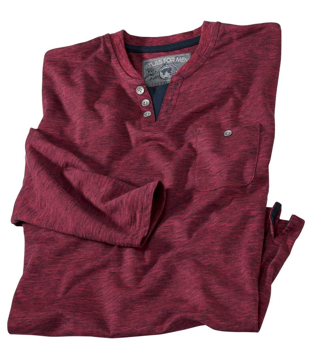 Červené triko s dlouhým rukávem