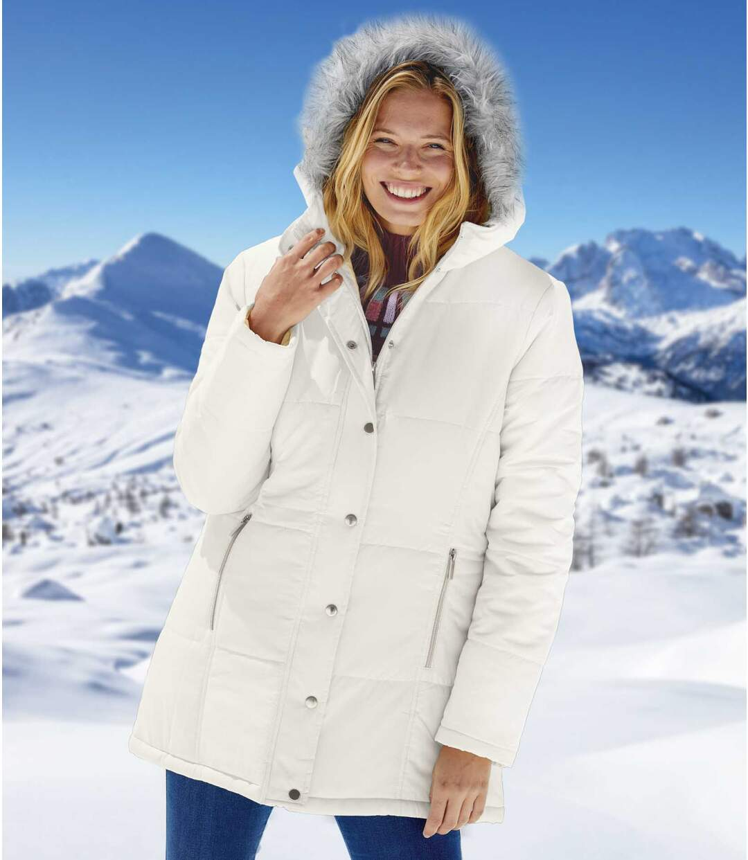 Women's White Parka with Faux-Fur Hood - Full Zip - Water-Repellent