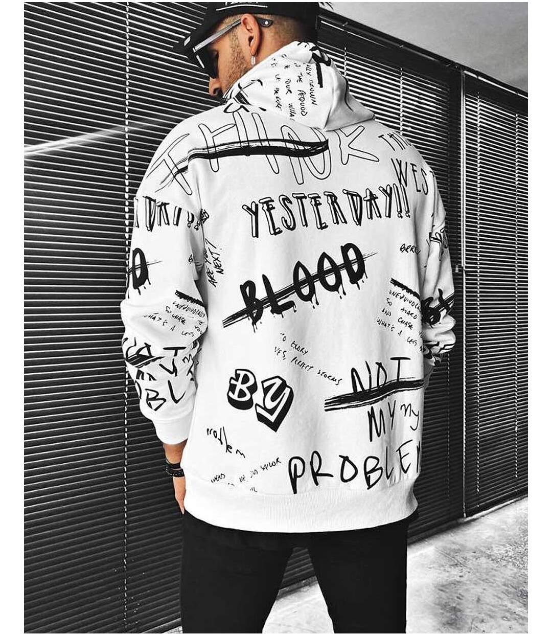 Sweat à capuche blanc avec imprimé tendance graffiti ecriture street stylé pour homme
