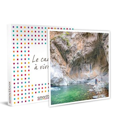 SMARTBOX - 3 jours de stage de survie dans les Pyrénées-Orientales - Coffret Cadeau Sport & Aventure