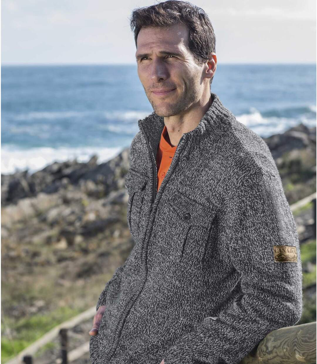 Pletený outdoorový svetr s dlouhým rukávem