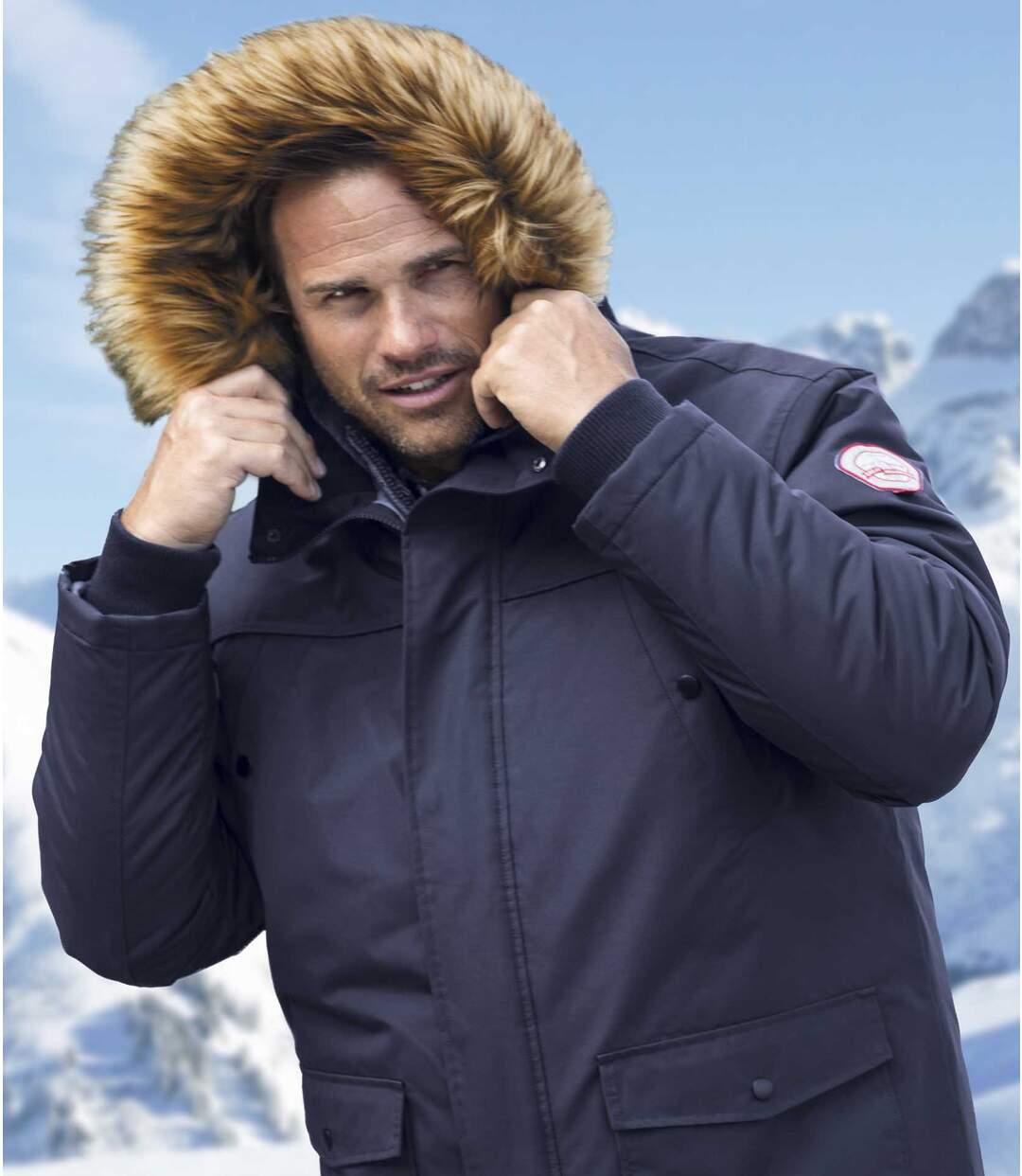 Parka Klirrende Kälte mit wattierter Kapuze