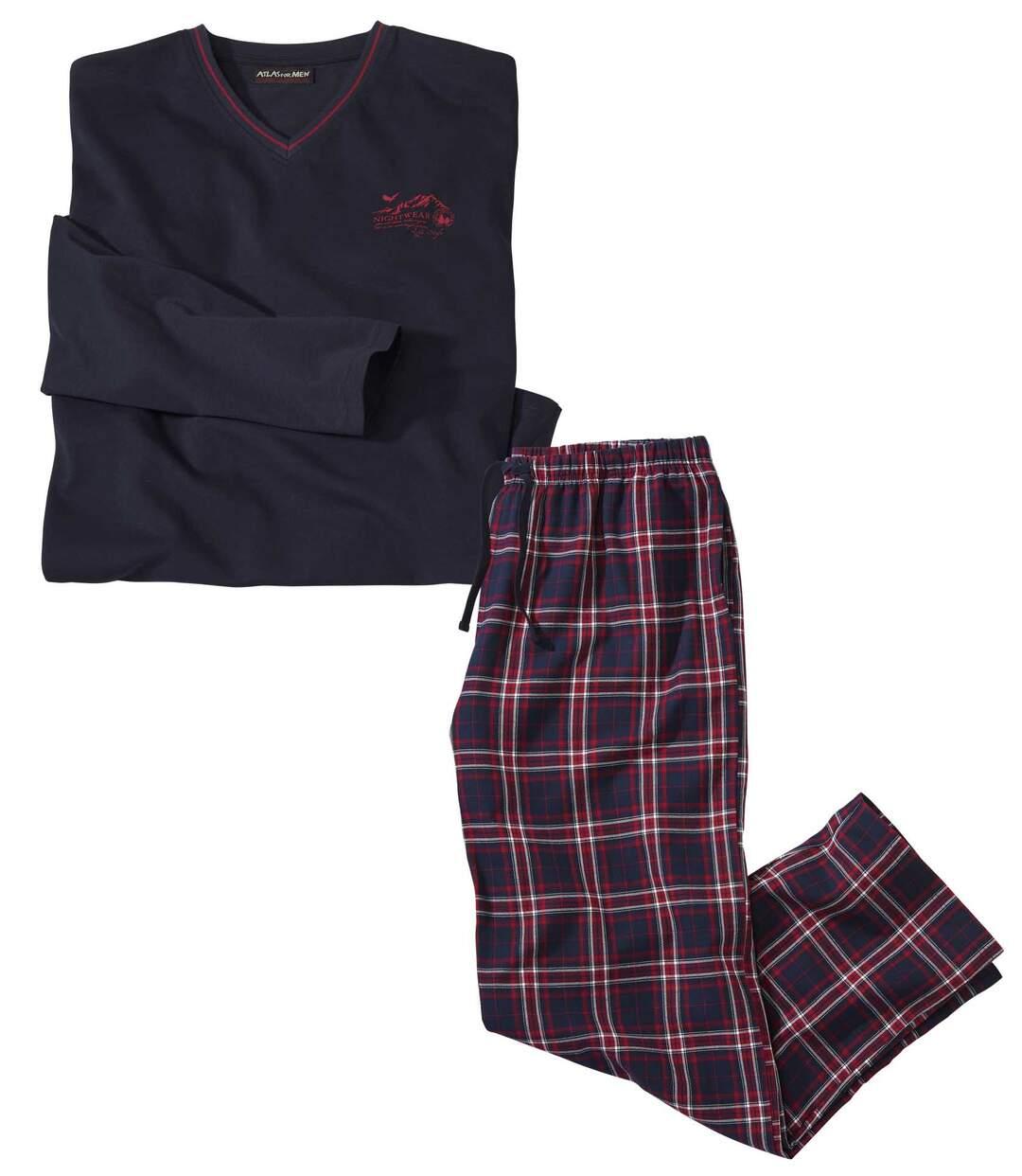 Pyjama im Schotten-Look