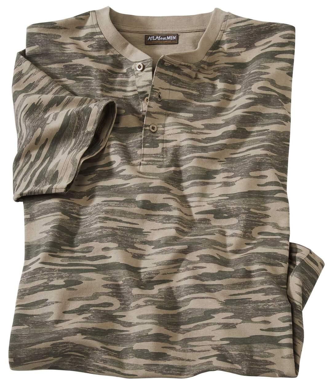 Camouflage T-shirt met Tunesische kraag