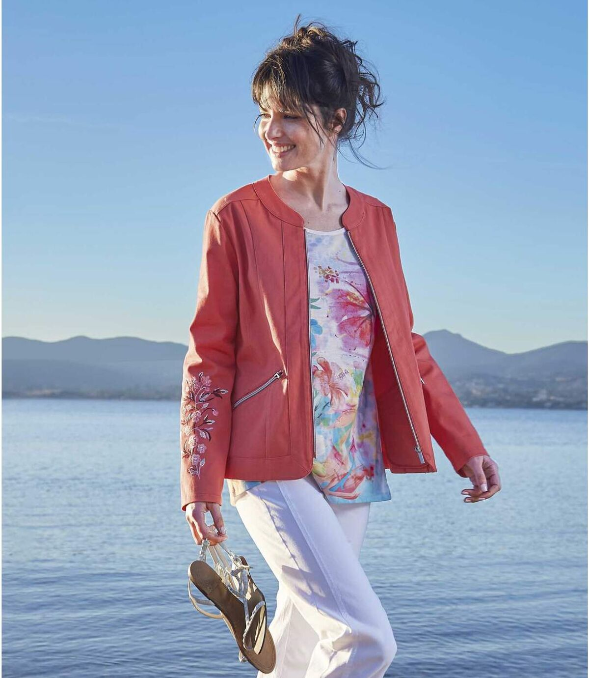 Women's Coral Jacket with Floral Embroidery Atlas For Men