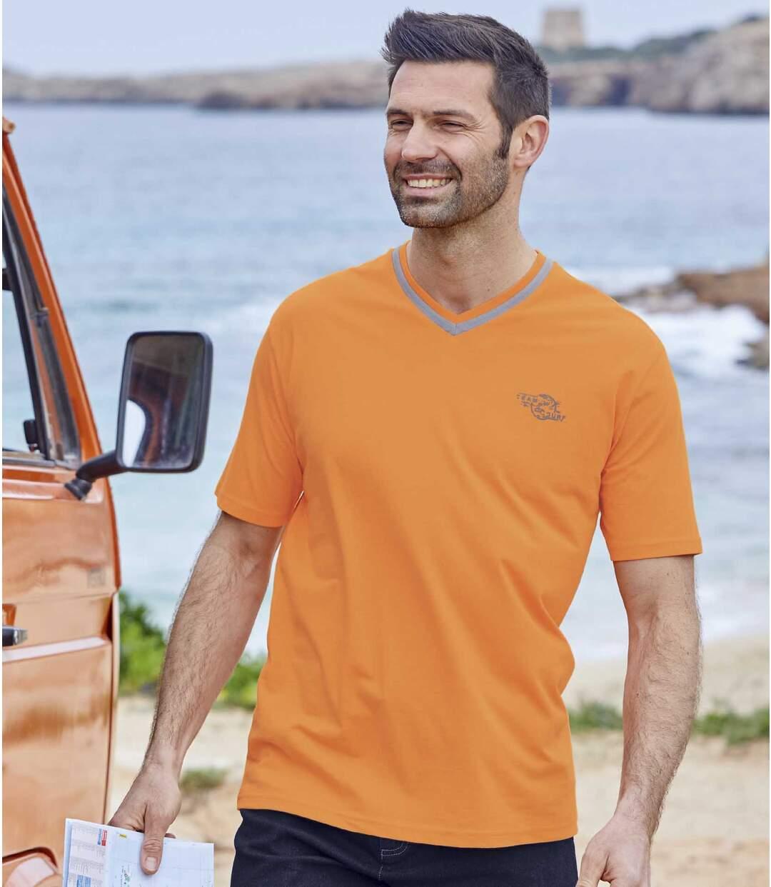 Sada 3 triček Team Surf svýstřihem do V
