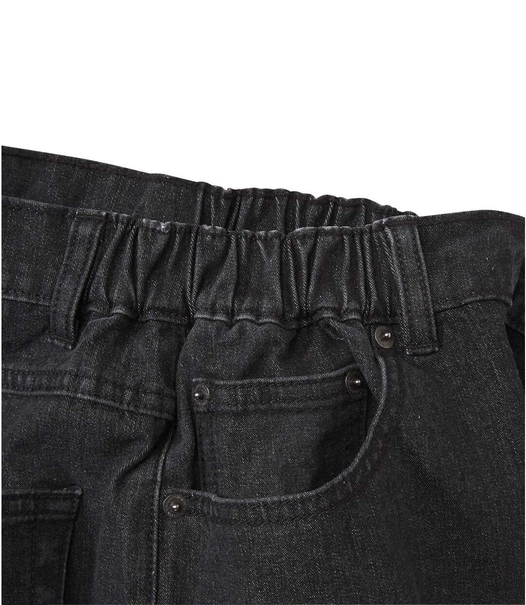 Czarne jeansy ze stretchem i półelastyczną talią