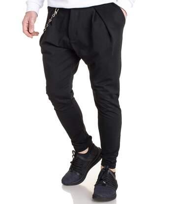 Pantalon homme à pince noir uni type sarouel avec chaînette poche