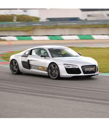 SMARTBOX - 3 tours de pilotage sur circuit en Audi R8 à Geoparc dans le Grand Est - Coffret Cadeau Sport & Aventure