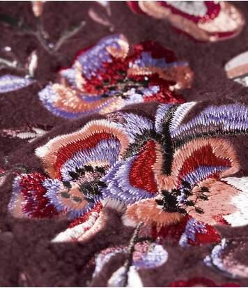 Fleecová mikina svyšívanými rukávy