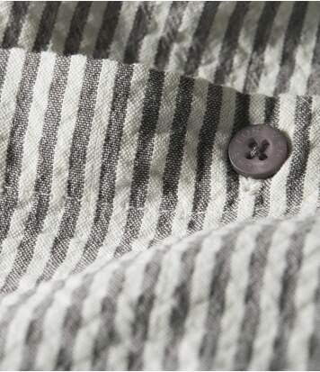 Gestreiftes Hemd mit Waffeleffekt