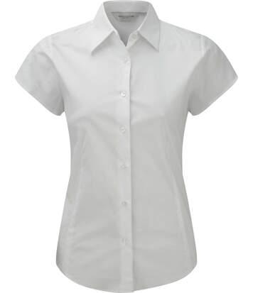 Chemise ajustée manches courtes