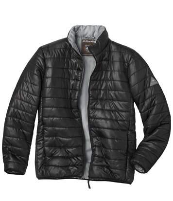 Wattierte und wasserabweisende Jacke