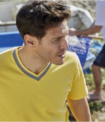 Pack of 3 Men's V-Neck T-Shirts - Blue Yellow White