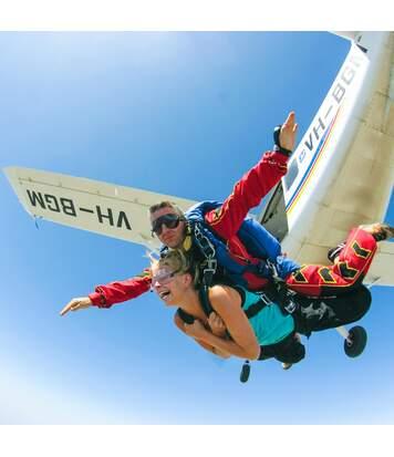 SMARTBOX - Saut en parachute tandem avec un instructeur - Coffret Cadeau Sport & Aventure