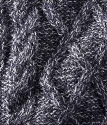 Pletená vesta na zip zateplená fleecem