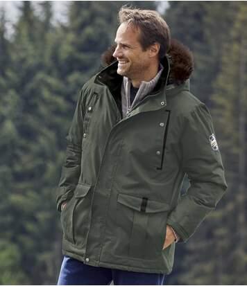 Praktická bunda s odnímateľnou kapucňou