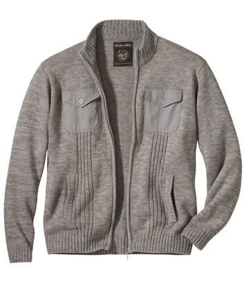 Pohodlný pletený sveter na zips