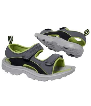 Pohodlné outdoorové sandály