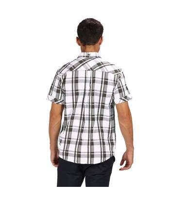 Regatta Mens Deakin III Short Sleeve Checked Shirt (White/Grape Leaf) - UTRG4053