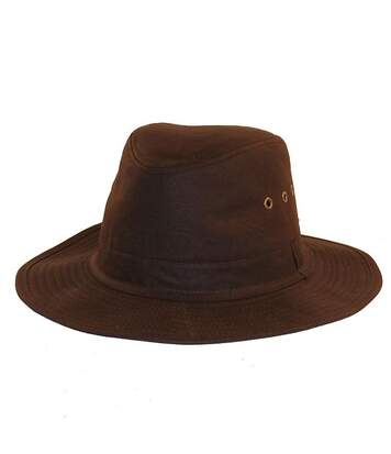 Chapeau huilé