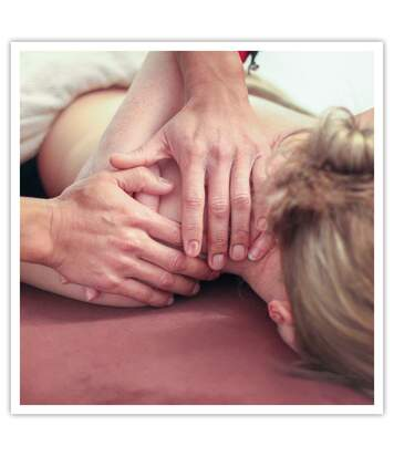 SMARTBOX - Massage relaxant du corps d'1h avec brunch végétalien pour 2 à Nantes - Coffret Cadeau Bien-être