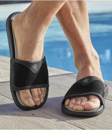 Pantofle k vodě