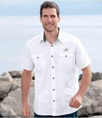 Bílá letní košile