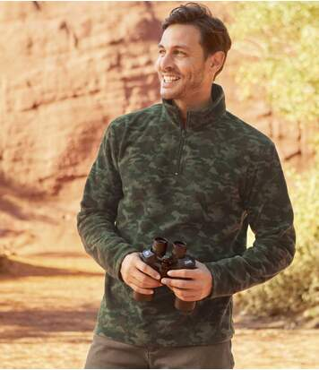 Kamuflażowy sweter z kołnierzem na suwak