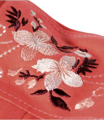 Bunda ze strečové bavlny svýšivkami na ramenou